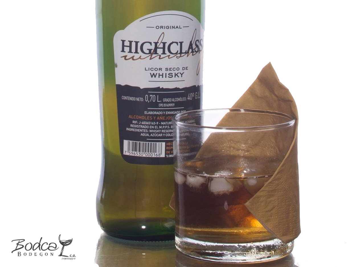 highclass Licor de whisky HighClass HighClass botella vaso